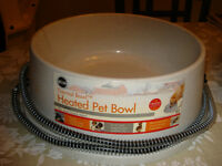 Heated cat bowls For the outdoor Cats