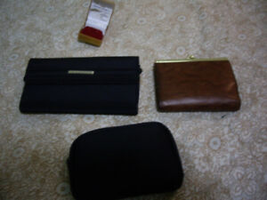 NEW WOMEN'S/GIRLS HAND BAGS, PURSES,JEWELLARY CASES, MAKEUP TOTE