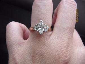 14k yellow gold diamond engagement ring Kitchener / Waterloo Kitchener Area image 2