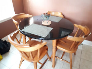 """Solid Wood 42"""" Round Table & chairs"""