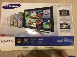 """Samsung Smart LED TV 32"""""""