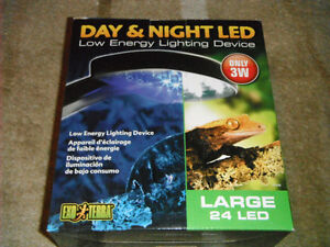 NEW Exo Terra Day & Night 24 LED Fixture (Large) 3W Low Energie