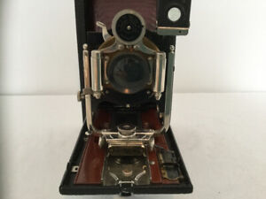 KODAK 3A VERTICAL FOLDING-BED POCKET CAMERA WITH RED BELLOWS