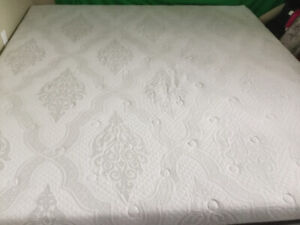 1 yr old King mattress - firm memory foam in excellent condition