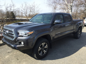 Toyota Tacoma TRD Sport 2017 - Reprise de location possible !