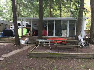 40ft Jayco Park model trailer with 10x16 sunroom.   Buckhorn.