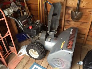 "Craftsman 10 HP / 30"" Two-Stage Snowblower"