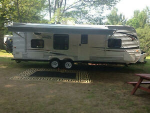Jayco Jay Flight Swift 2013 27' Camping Trailer