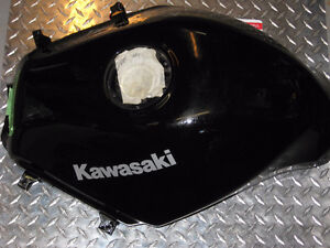 2009-2012 kawasaki 250 ninja gas tank brand new London Ontario image 3