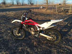 2010 Husqvarna 250TC for sale/trade + cash for KLR/DR/SXV5.5