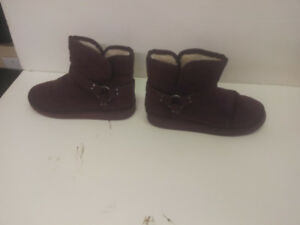 womens winter boots  size 7m