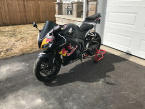 Cbr600rr Find Motorcycles Sports Bikes For Sale Near Me In