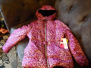 Brand New Girls Size 14-16 Quality Hooded Winter Jacket