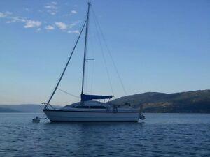 MacGregor 26x Power Sailboat