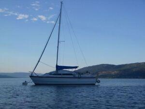 MacGregor 26x Power Sailboat