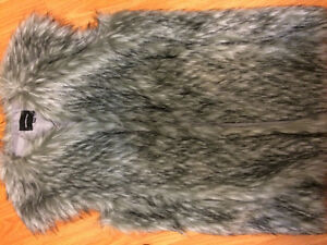 MEMBERS ONLY FAUX-FUR VEST