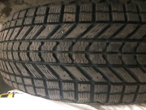 Set of 4 winter tires 225 60 17 Firestone Winterforce