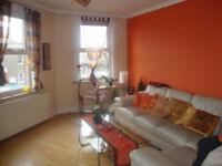 Double and Single room in sunny split level flat in Brockley