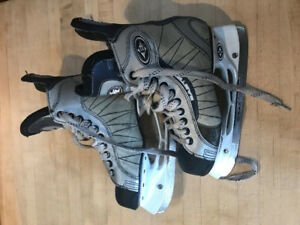 Easton Youth Ice Skates