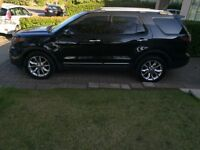 2013 Ford Explorer Limited LOADED 37,000km