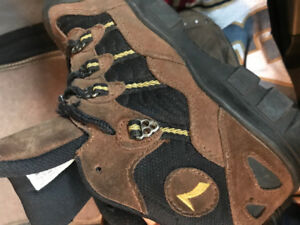 Safety boots- Brooks - high quality - used