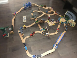 Thomas The Tank Engine Train Set and Characters