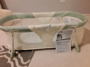 """""""SUMMER"""" INFANT BY YOUR SIDE SLEEPER/BASINETTE - GENTLY USED $25"""