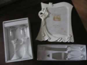 Four Piece Calla Lily Wedding Set - NEW