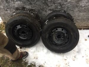 195/65R15 Goodyear Ultragrip Ice winter tires