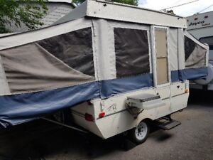 2000 Dutchmen tent trailer