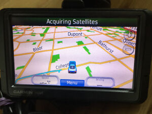 Car GPS Navigator Garmin Nuvi 265W widescreen, accessories