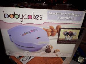 mini four à gâteaux,baby cakes avec accessoires,flambant neuf