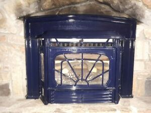 Fireplace gas insert