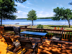 Beachfront Grand Lake White's Cove million dollar View