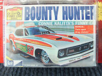 1971 MUSTANG BOUNTY HUNTER FUNNY CAR JOHNNY LIGHTNING