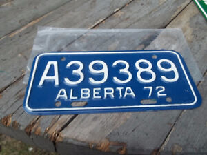 vintage 1972 alberta motorcycle plate - nos never issued