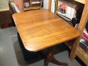Duncan Phyfe Table with Leaf