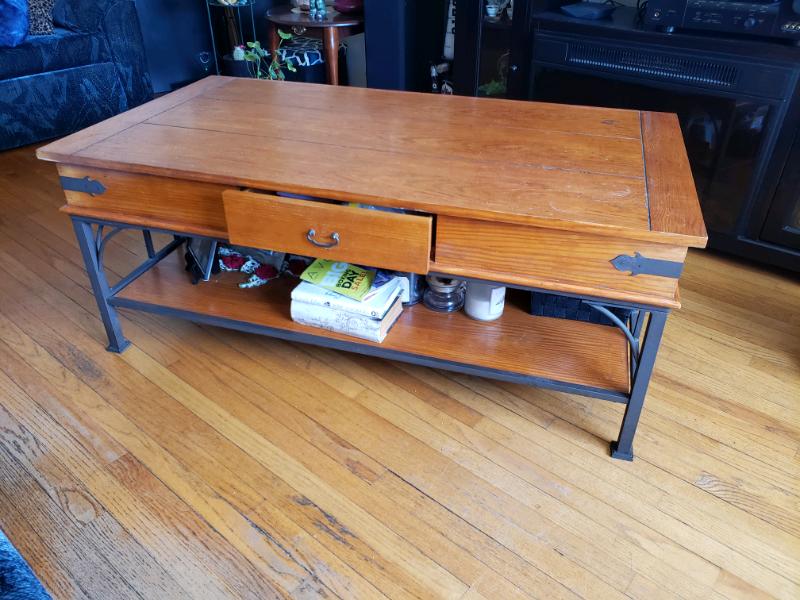 Living Room Coffee Table W/Drawer | Coffee Tables ...