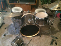 TAMA Drum set with cymbals and stands