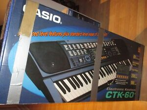 ELECTRONIC  KEYBOARD CTK-60