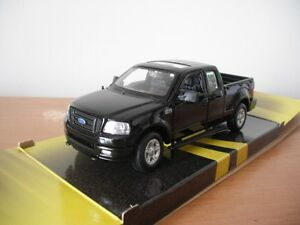 2001 - 2004 FORD F-150 1/24 - 1/27 scale by MAISTO diecast