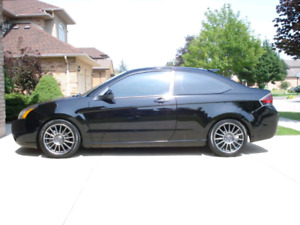 """Ford Focus SES 2010 COUPE """"JUST SAFETIED"""""""