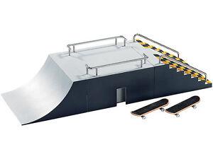 Finger Skateboard Skatepark Funbox + 2 x Fingerboard Playtastic Funpark Skate