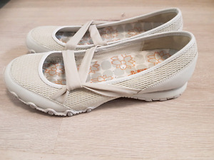 Casual Skechers shoes