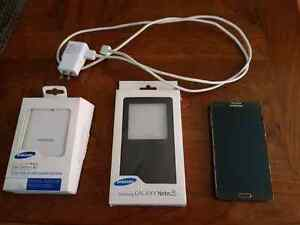 Samsung Galaxy Note 3 with extra case and Battery