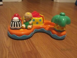 BATHTUB TOYS