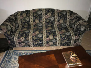 Classic Sofa / Couch Loveseat in great shape.