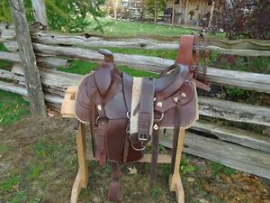 Ranch and trail mule saddle