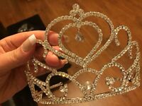 Silver sparkling wedding/prom Tiara