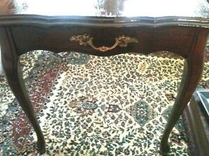 Antique table and other Items Windsor Region Ontario image 4